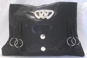 Black heart purse $8.00