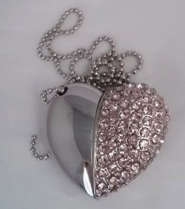 Pink crystal heart shape USB Flash Drive $20.00