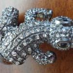 Alligator stretch ring $9.00