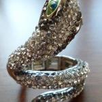 Snake stretch ring $9.00